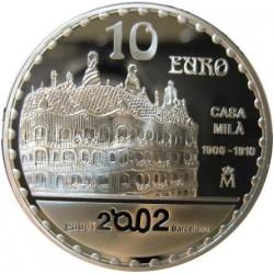 "10 €. 2002. AG. 27gr. Ley:0,925. Fino/a:24,975. (Año Intern.GAUDI-Casa Mila ""La Pedrera""-Casa Mila). Ø40mm. PRF. KM. 1082"
