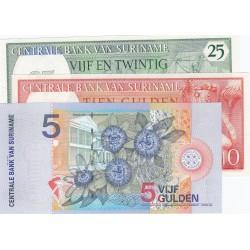 Surinam LOTE. 1963. SC. (3 Billetes: 5+10+25 Gulden). PIK. 121,127b y 146