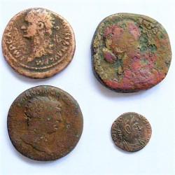 ZZ-LOTE/S Varios IBERICAS/ROMANAS. RC+/BC-. AE. 45,4gr. (varios valores). (4 Monedas.-3 Modulo mediano, 1 pqñ.)