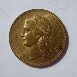 Francia Medalla. 1878. AE. 20gr. Rev: Ley.: Administ./des/Monnaies/-/ Esposition/Universelle/Paris/1878. (Dorada). (Exposición U