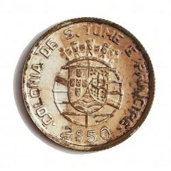 Tome y Principe.-Santo 2,5  Escudos. 1939. AG. 3,5gr. Ley:0,650. Ø20mm. SC. (Lev.pátina). RARISIMO/A. en esta calidad. KM. 5