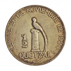 Guatemala ½ Quetzal. 1925. P-(Filadelfia). AG. 16,667gr. Ley:0,720. Ø34mm. MBC/MBC+. MUY ESCASO/A. KM. 241.1?