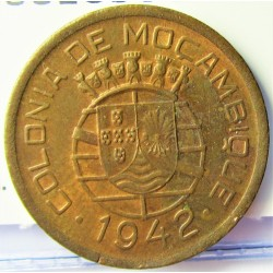 Mozambique 10  Ctvo.  1942. AE. 4gr. Ø22mm. SC-/SC. KM. 72