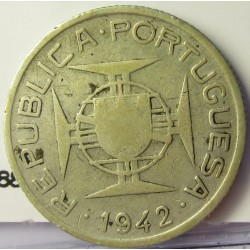 Mozambique 2,5  Escudos. 1942. AG. 3,5gr. Ley:0,650. Ø20mm. BC+/BC. KM. 68