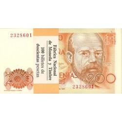 España 200 Ptas. 1980. SC. (Sin Serie-PAQUETE con 100 Billetes correlativos-(Clarin). EDF. E6 - PIK. 156. (Con Banda Original